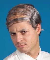 Combover. Att kamma håret över flinten döljer inte att du är flintskallig.